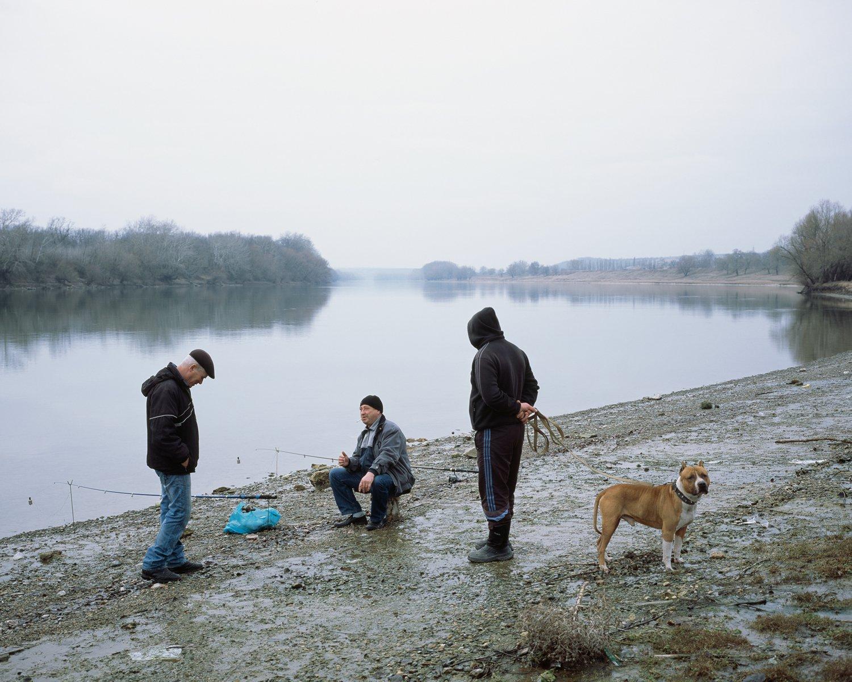Angler am Grenzfluss Dnjestr in der Nähe der Stadt Grigoriopol. In der Gegend um die Verwaltungshauptstadt des gleichnamigen Rajons wohnen über 60% Moldauer, in der transnistrischen Hauptstadt sind es hingegen nur ca. 15%.
